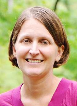 Nancy Toffolo headshot